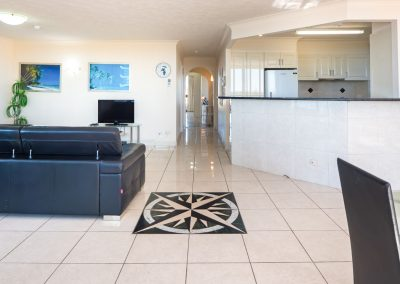 Broadwater Resort Gold Coast Open plan living/dining area