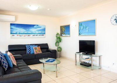 Broadwater Accommodation Living Area