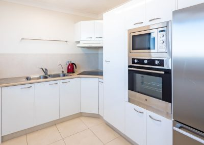 Broadwater Accommodation Kitchen